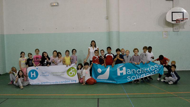 Les élèves de l'école Valmy courent pour le sport à l'hôpital